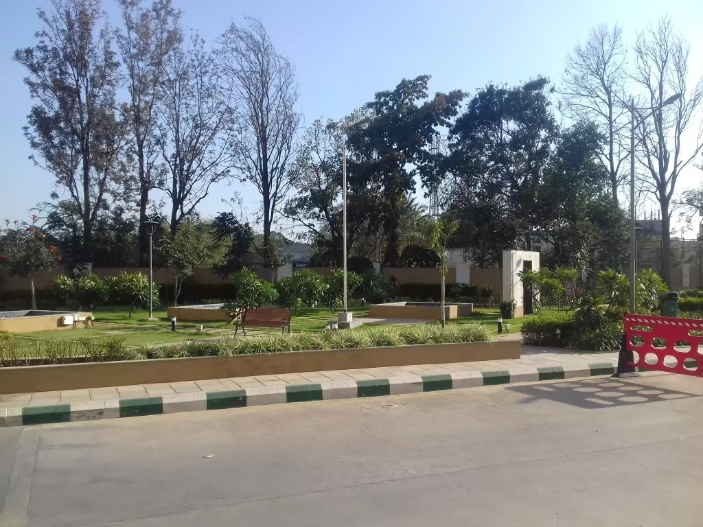 prestige misty waters amenities features4