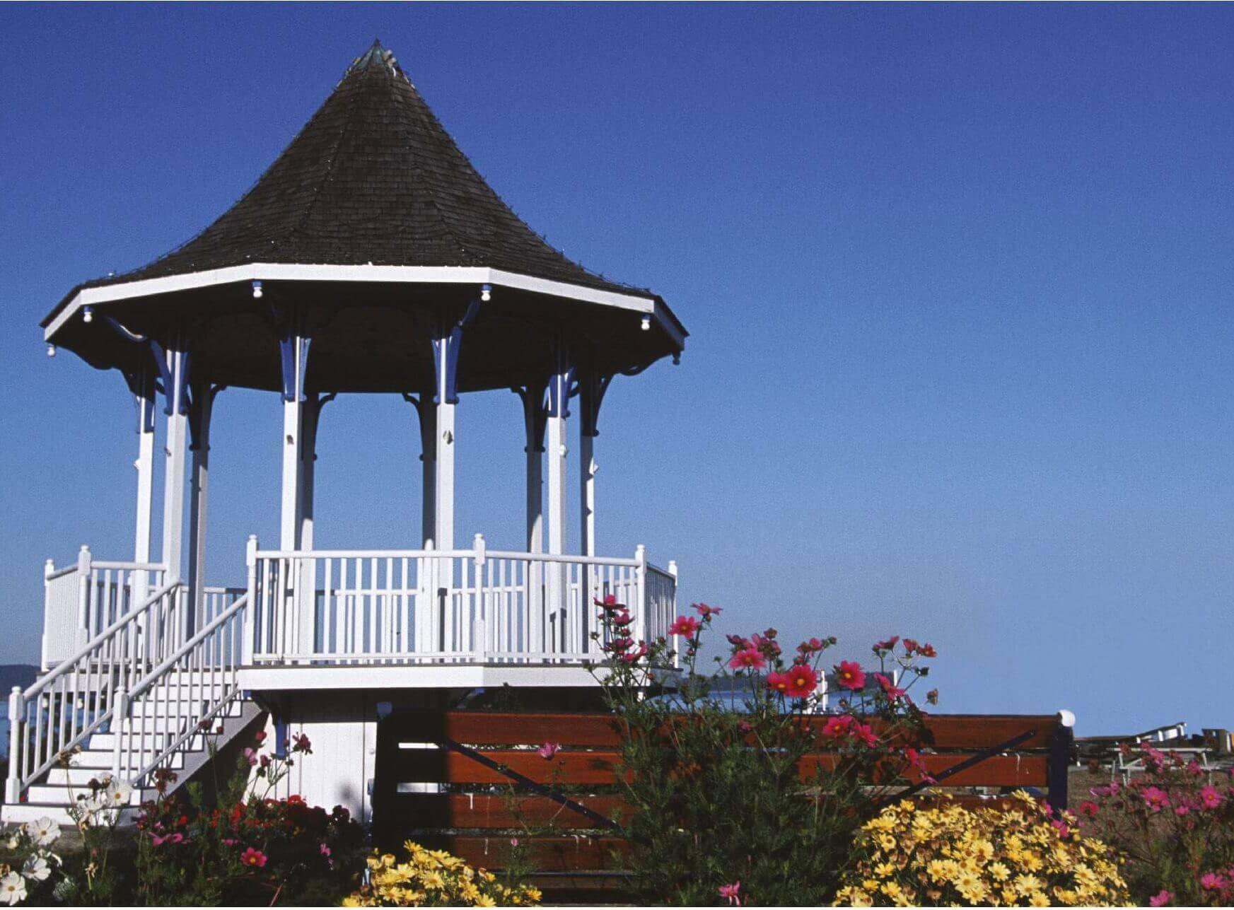 puravankara palm beach amenities features2