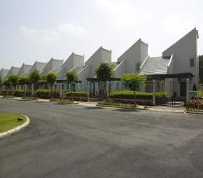 Mahindra Lifespaces Sylvan County Flagship