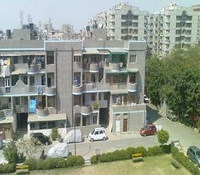 Dwarkadheesh Apartment Flagship