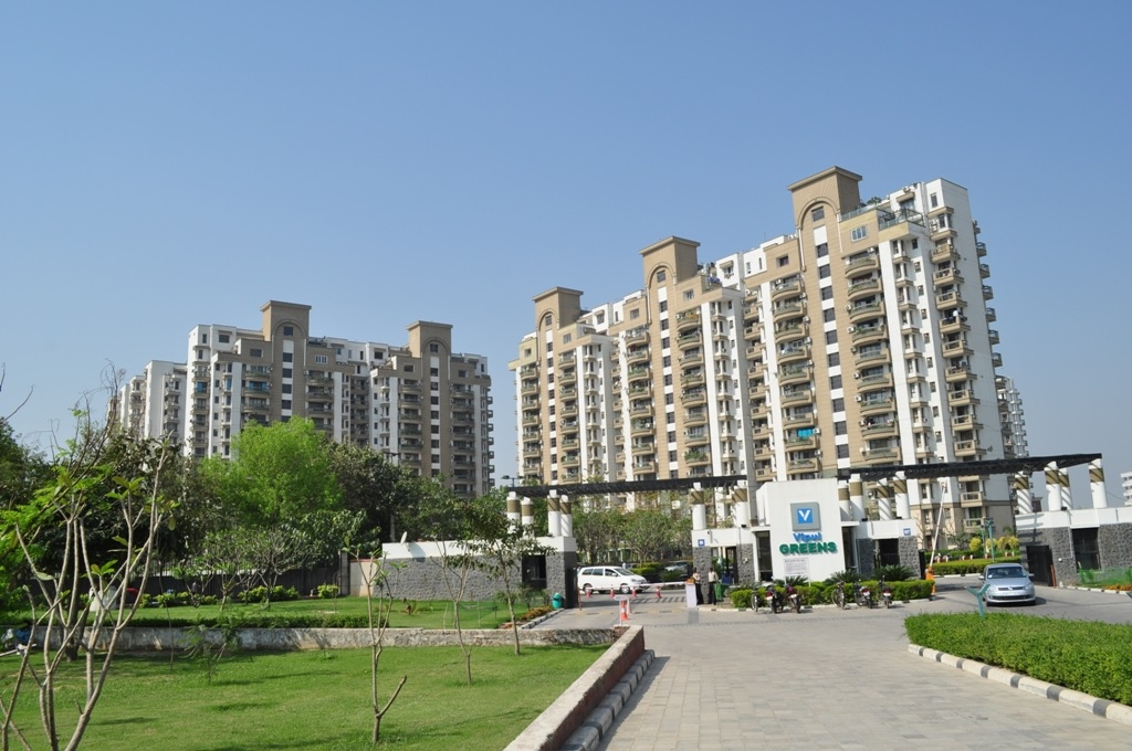tower-view-Picture-vipul-greens-3192404