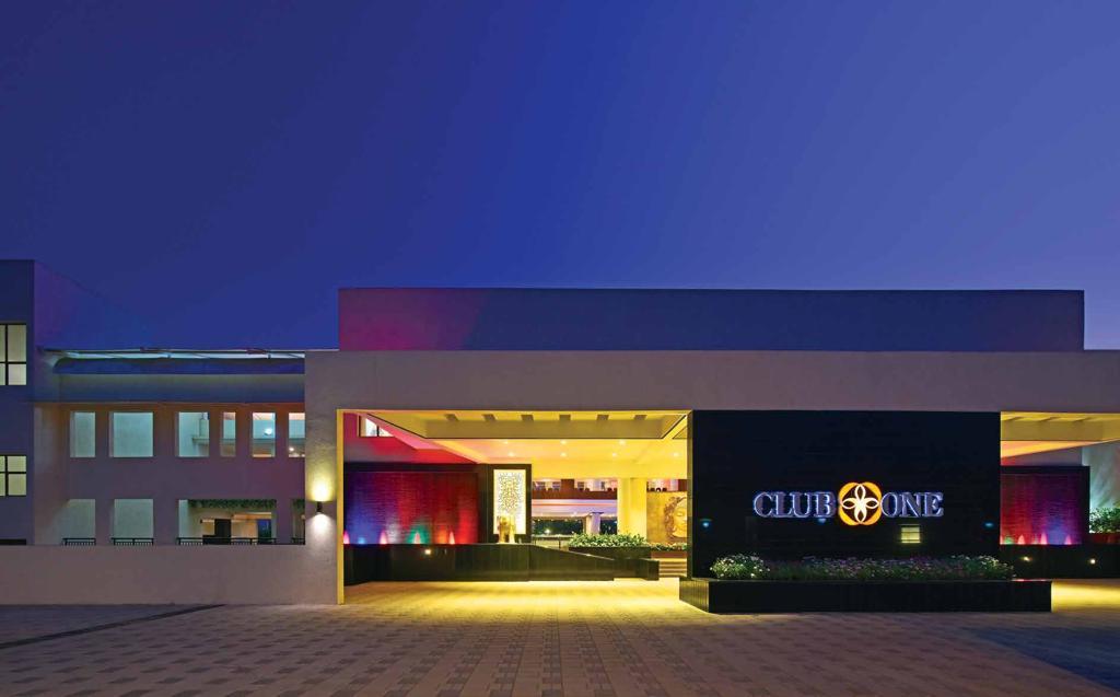 rustomjee global city clubhouse external image9