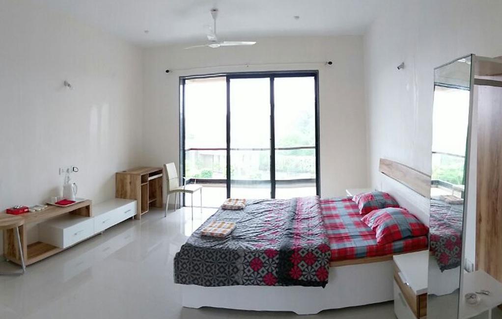 rustomjee the riverside apartment interiors8