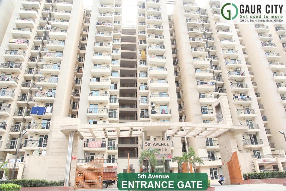 gaur city 5th avenue entrance view8