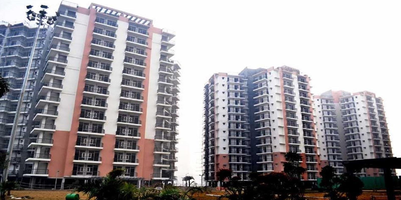gaur grandeur tower view8