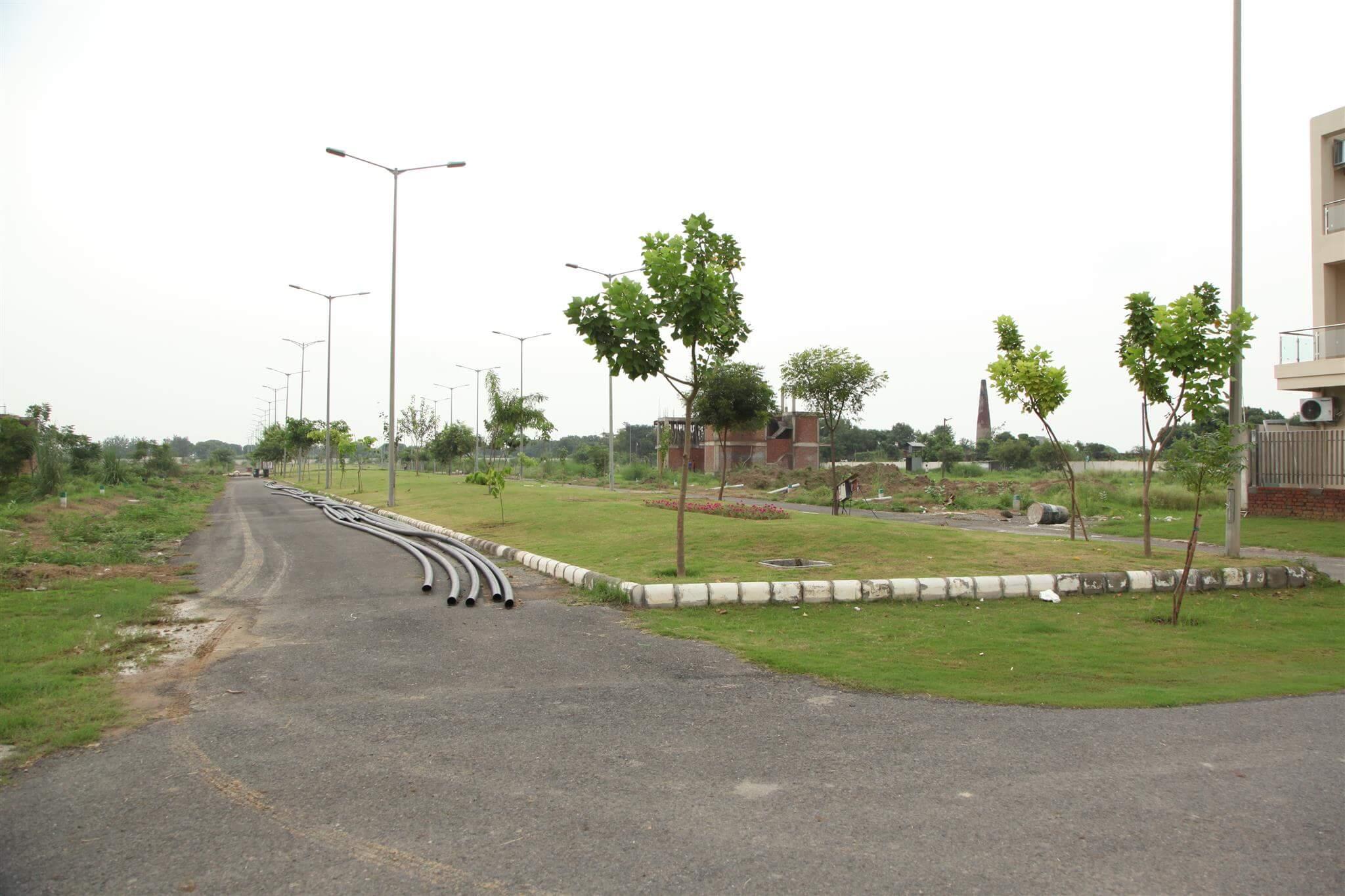 gaur yamuna city 32nd park view greens image3