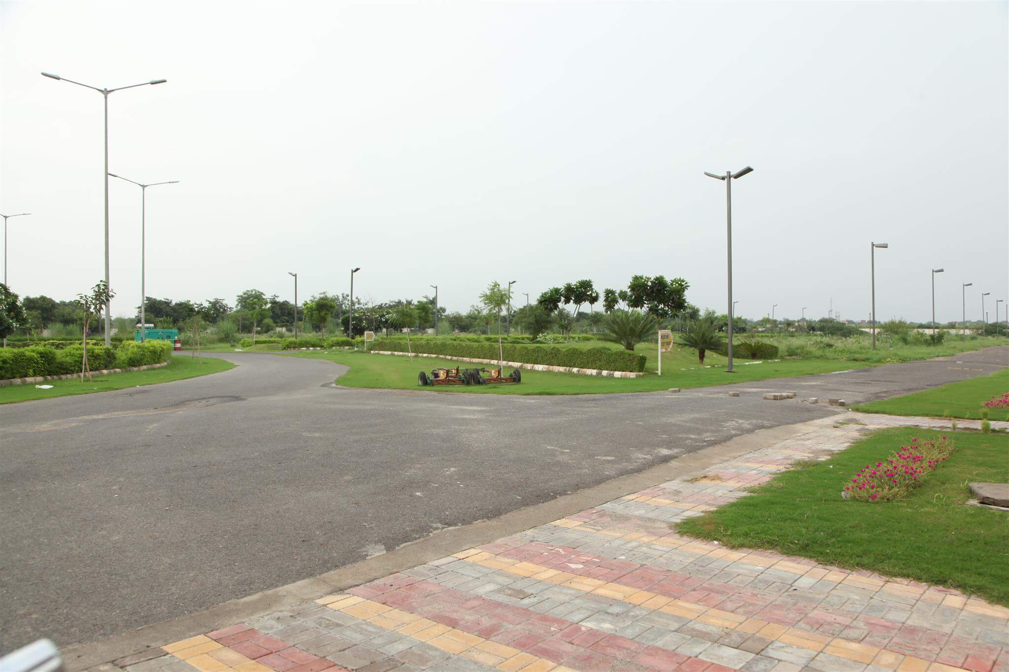 gaur yamuna city 32nd park view greens image4