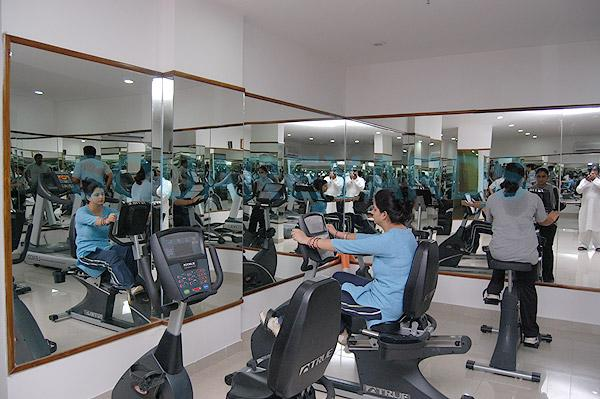 purvanchal silver city clubhouse internal image1