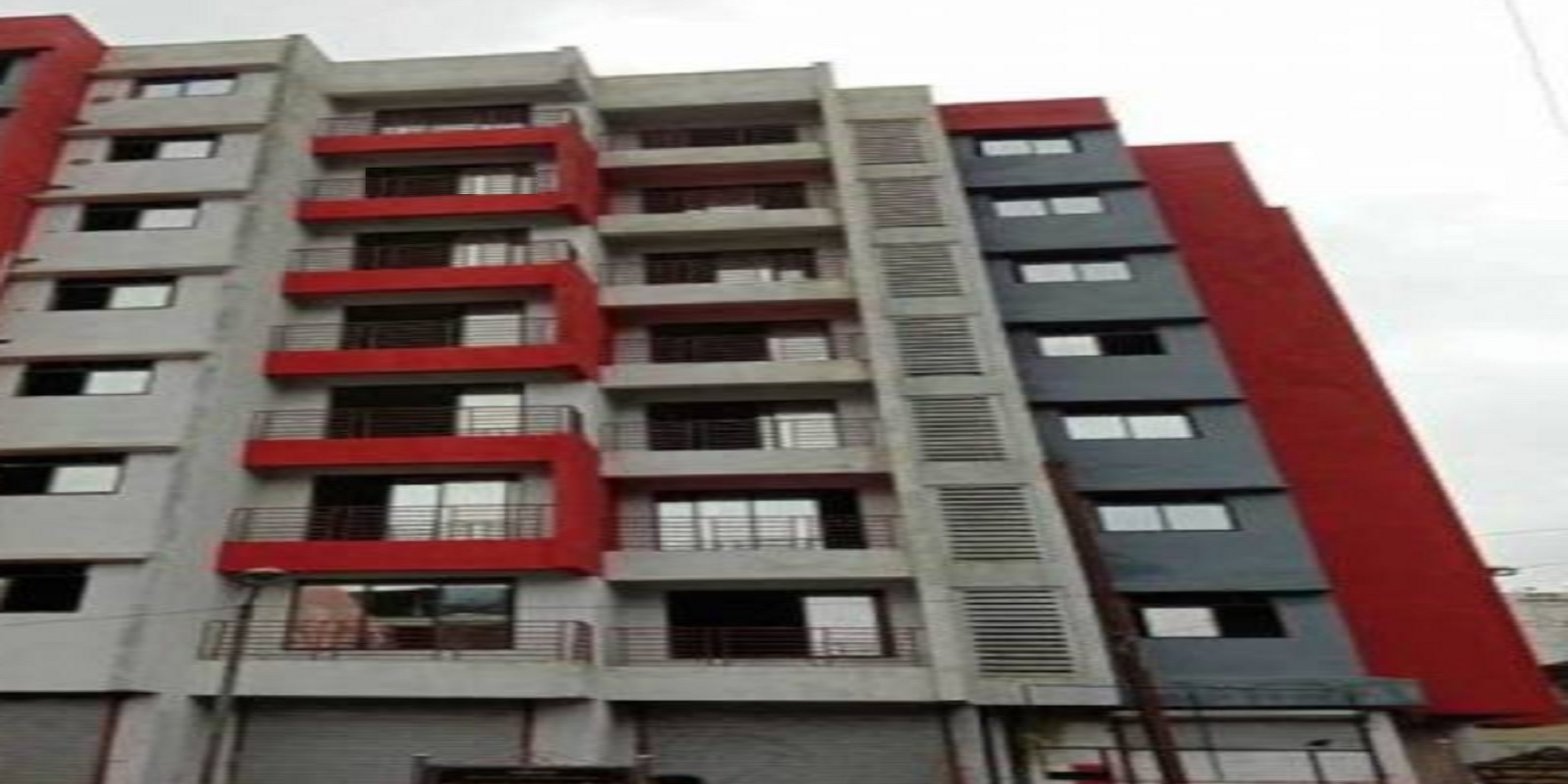 saloni height project project large image1