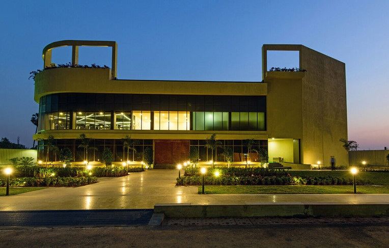 clubhouse-external-image-Picture-tata-amantra-2430068